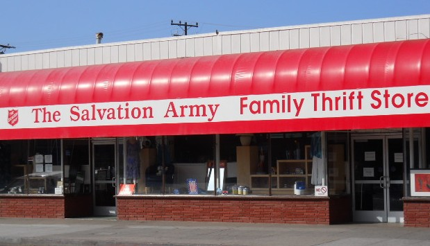 Salvation_Army_Thrift_Store,_Santa_Monica,_CA.JPG